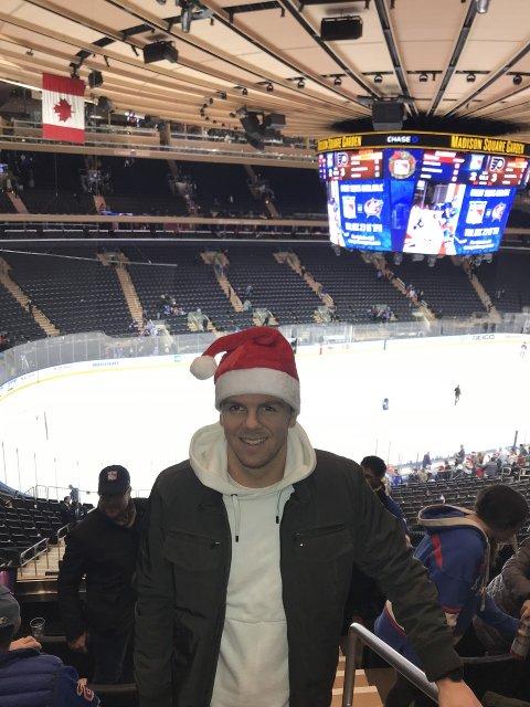 JUL I USA: Stian Stray Molde feirer jul i USA med familien. Her i Madison Square Garden. Foto: Privat