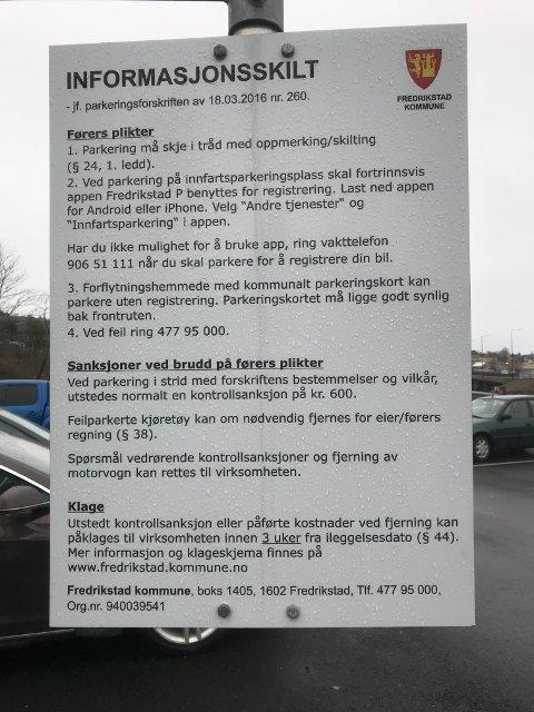 Omfattende informasjon å sette seg inn i på innfarstparkeringen. NAF klager på brukervennligheten.