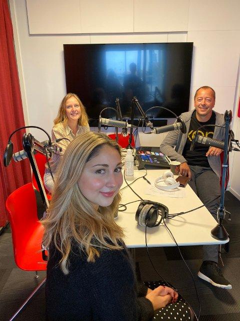 Bianca Skoglie (25) forteller om alt fra mobbing i ungdommen, Idol-deltagelsen til livet på Frp-benken i bystyret i et podcastintervju med Randi Kristoffersen og René Svendsen.