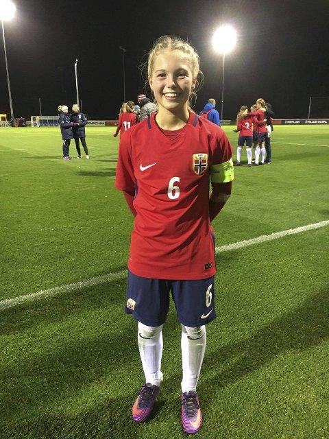FORNØYD: – Lotte var fornøyd. Sliten, men fornøyd, sier pappa Vegard Fossem om datterens tredje kamp for landslaget.