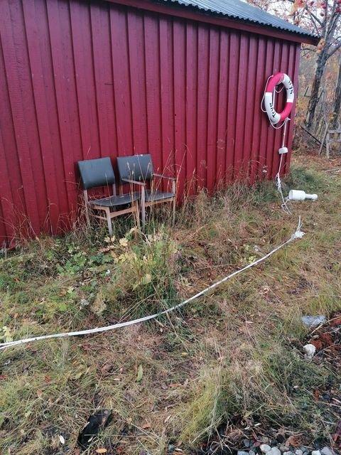 KLIPT I TO: Tauet til livbøya var dratt ut, og klipt i to.