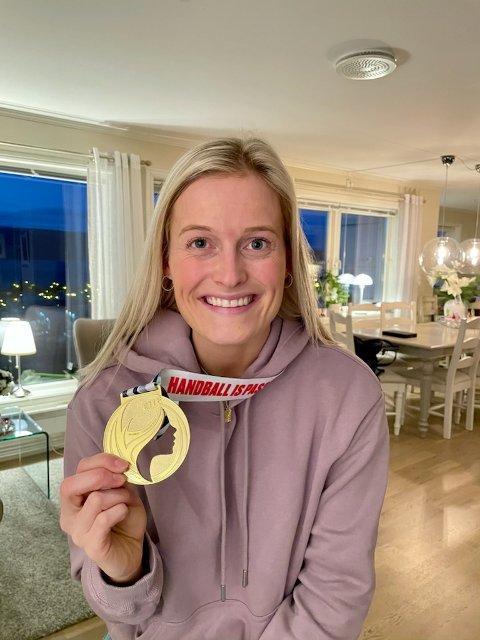 NYE UTFORDRINGER:  Marit Røsberg Jacobsen, her med EM-gull-medaljen, skal være i den norske OL-kvaliktroppen som blir offentliggjort mandag.