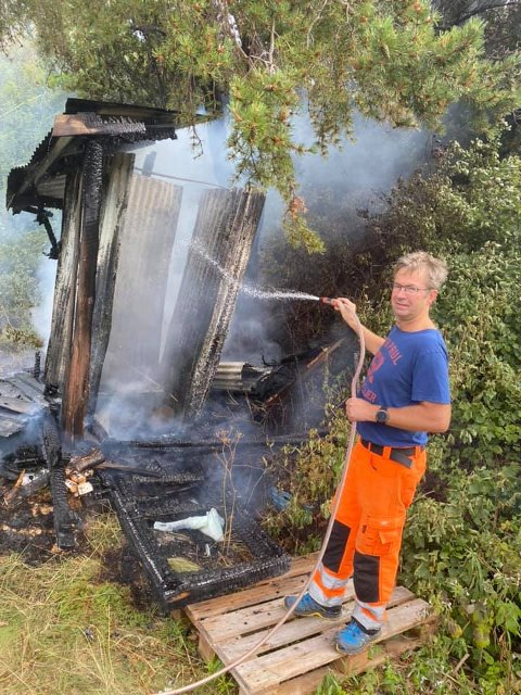 Jørn Karstein Elvebakk under slukkingen.