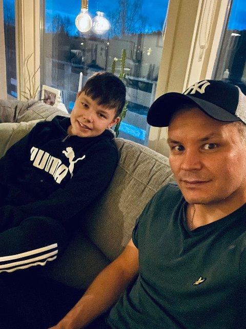 I karantene: Både Lars Filip Paulsen (41) og sønnen Lucas sitter fortsatt i karantene etter å ha blitt smittet av covid-19 i romjula.