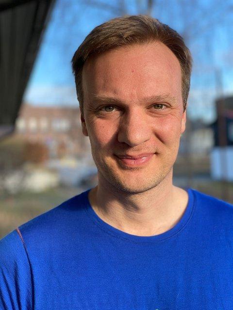 Bård Ludvig Thorheim er ganske fornøyd tross nedgangen for Høyre.