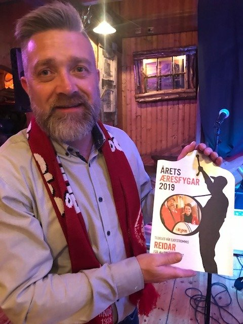 Reidar Helland ble i helgen kåret til «Æresfygar» for hans innsats som supporter for Ålgård HK.