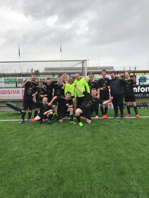 SØLVLAGET: Brane Tigers' fotballgutter la ned en solid innsats og sikret sølv i Landsturneringen på Jessheim.