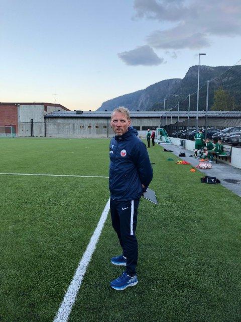 Trener Egil Løvli