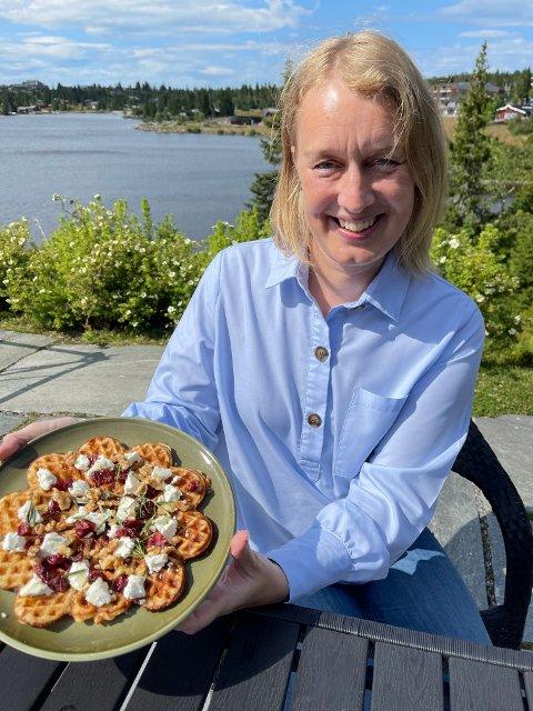Vaflene våre med nye smaksvarianter blir godt mottatt av fjellfolket, forteller Karianne Rustad.