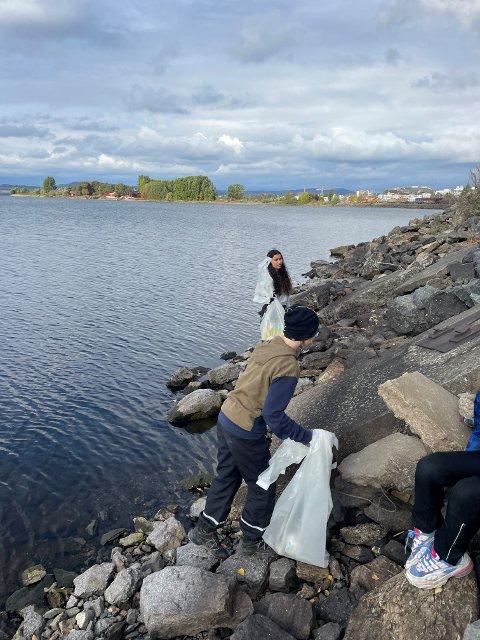 Rydding av søppel til Hold Innlandet Rent.