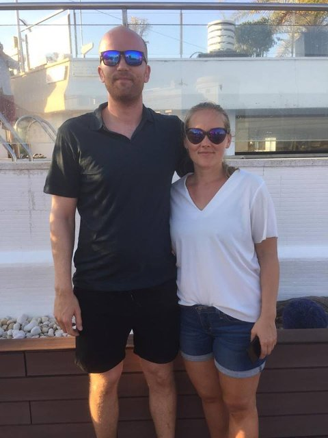 Martine Rasmussen som er på reise sammen med kjæresten Anders Fredrik Åvangen. De bor i Oslo, og er opprinnelig fra Bodø.