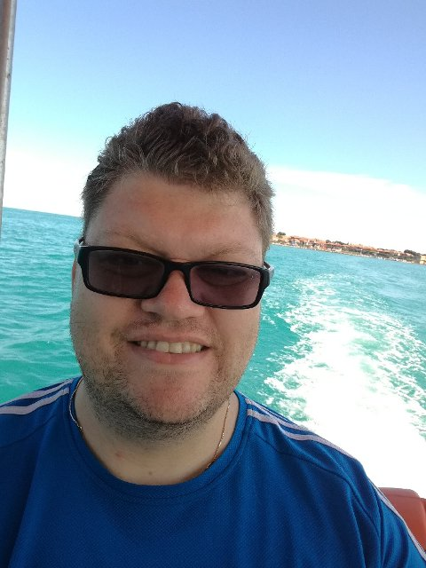 MERKET: Jeg fikk merke badeforbudet i Skjeppsjøen på kroppen. (Illustrasjonsbilde fra et helt annet sted i verden)