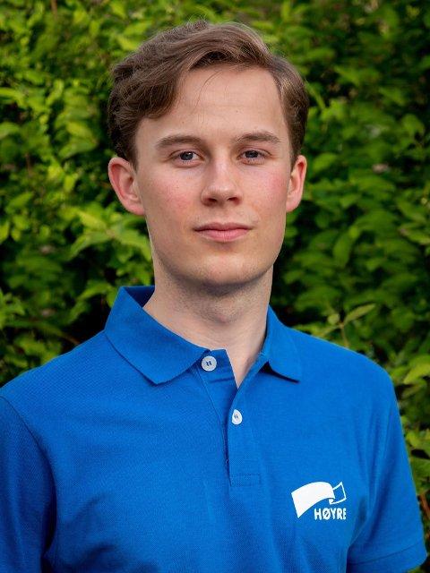 UNGDOMSKANDIDAT: Even Karlsen Trontveit er en av Hadelands ungdomskandidater frem mot valget i september.