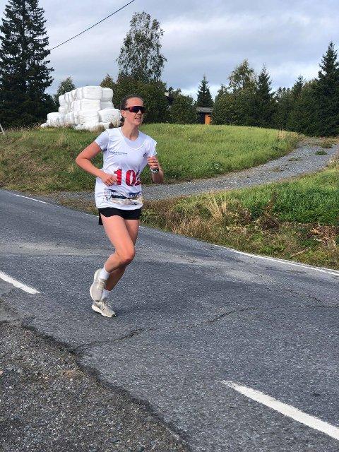 Mari Bergendahl imponerte i kvinneklassen, selv med sykkeltur fra Oslo for å delta.