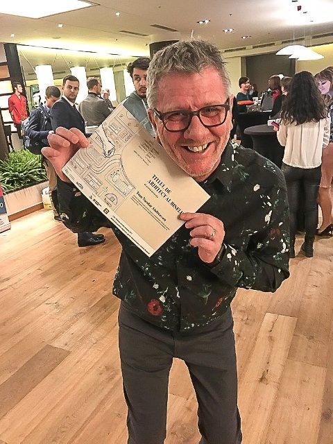 GLAD: Tom Andreassen i Hand 2 Hand ble kåret til «godhetens arkitekt» i Romania på bursdagen sin.
