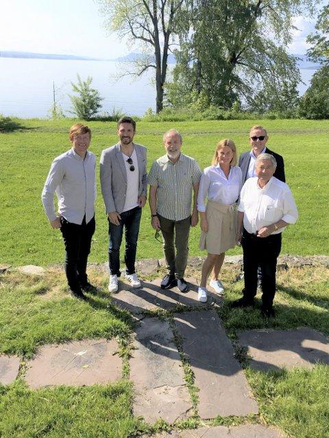 ARRANGØRER: Bernt Plassgård (Norsk Tipping), Truls Pedersen (Hamar kommune), Magne Rugsveen (Anno Museum Domkirkeodden) og Hilde Stenseth, Tor Rullestad og Reidar Nordby jr. fra Hamar Rotary.