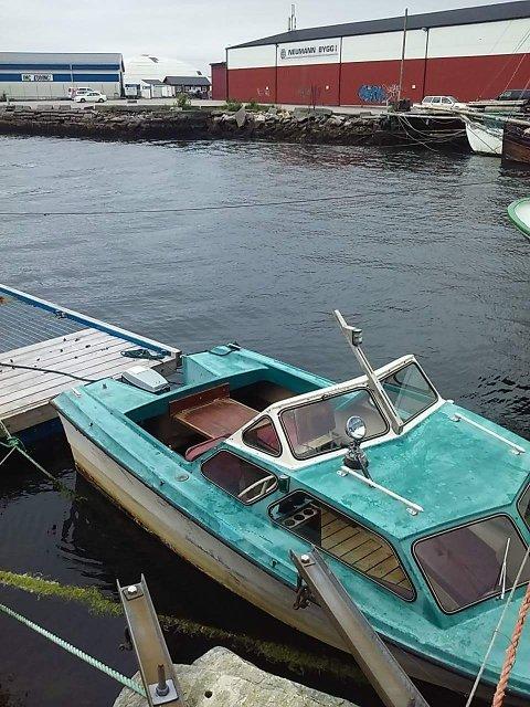 ETTERLYST: Mannen ble sist sett i tilknytning til denne type båt.