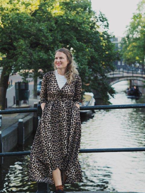 NOMINERT: Inger Staveland (33) fra Haugesund er en av mange nominerte i kåringen av Norges beste Instagram. Hun har kontoen Iminfirkant.