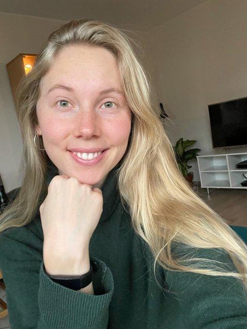PÅ PLASS I NY LEILIGHET: Karoline Sjøen Andersen (25) flyttet fredag ettermiddag inn i pendlerleiligheten sin på Bislet.