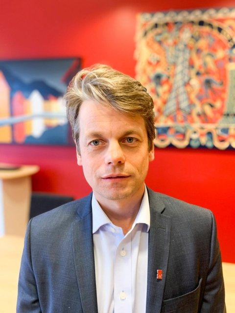 LEGGER NED SKOLER: Rådmann i Sveio, Jostein Førre foreslår at skolene i Auklandshamn og i Valevåg legges ned, og blir slått sammen med Førde skule.