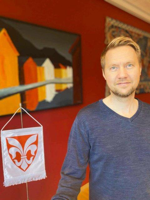 NY REKTOR: - Jeg gleder meg til å bli rektor ved Førde skule. Der begynte jeg på min første lærerjobb i 2005, forteller Bjørn Tore Enerstvedt.