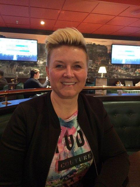 Jill Sevaldsen er nå på vei til Hellas, etter å ha vunnet en sydentur for å ha deltatt på Finnmark Dagblads konkurranse.