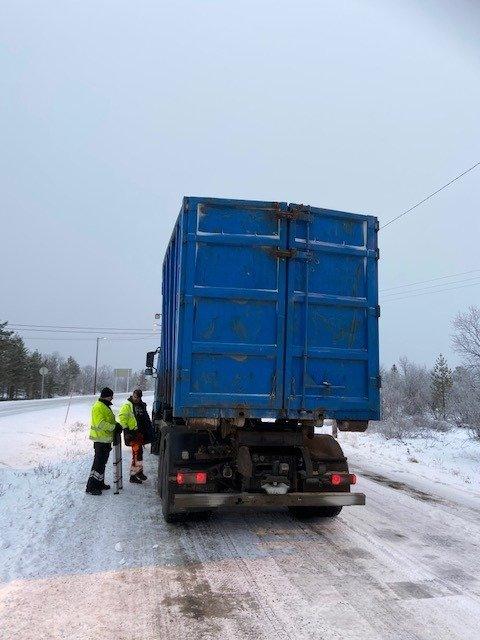 OVERLAST: Denne bilen ble stanset med overlat i kontroll i regi av Statens vegvesen.