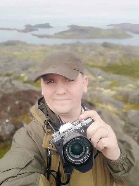 NATUR: Evgenij Molchanovsky liker å ferdes med fotoapparatet i naturen. Nå håper søsteren at hun kan hjelpe han til å overleve kreften.