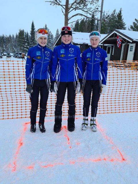 Andrine Rønning, Guro Hegstad og Anniken Evenhus gikk på IL Aasgutens lag i J15-16-årsklassen som ble kretsmester i stafett.
