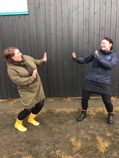 STOPP: Anne Kjersti Bakstad og Bente Bromstad i Straumens dag ser en mulighet i det meste, også avlysningen av Straumens dag for andre år på rad. – Det er trist å møtte avlyse, men det gir oss mulighet til å videreutvikle konseptet, sier de.