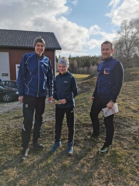 Klar for løp fra venstre Knut Sivert Hallset, Iver Hallset og Per Overvik