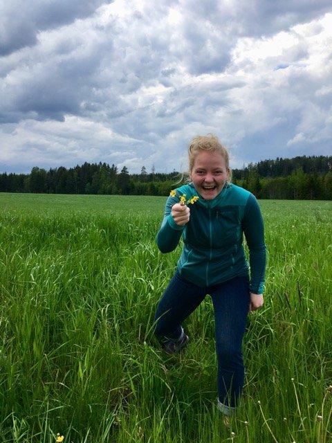 KLAR FOR SOMMERSTEVNE: Kristine Holst Johannesen i Aurskog-Høland bygdeungdomslag gleder seg til å arrangere sommerstevne på Fosser. BEGGE FOTO: PRIVAT