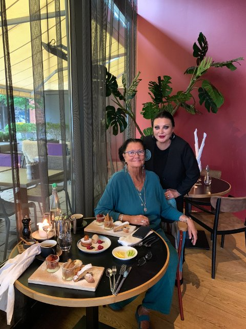 Tittin Foss-Haneborg møtte Lilli Bendriss til lunsj.