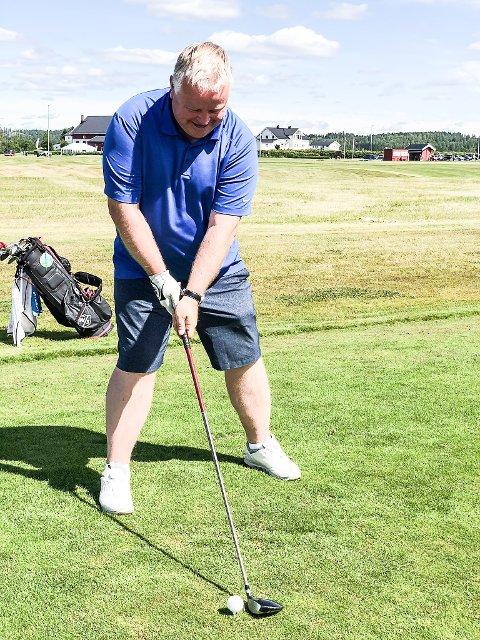 GOLFENTUSIAST: Tore Hübenthal er tungt involvert i Romerike Golfklubb og stortrives i Aurskog Golfpark.