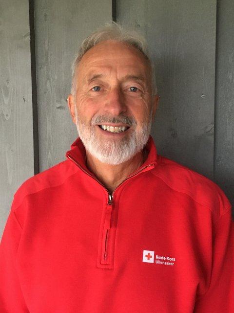 TAKKNEMLIG: Leder i Ullensaker Røde Kors, Kjell Vigdal, sier pantepengene kommer svært godt med i lokallagets arbeid.