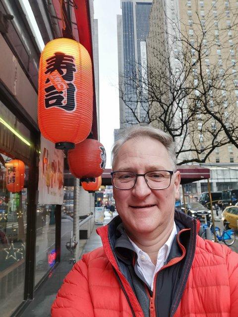 PLUKKER RETTER VERDEN RUNDT: Jan Abrahamsen i restaurantkjeden Sumo er fort tiden i New York for å finne ideer og inspirasjon til retter som treffer enda bedre blant befolkningen på Jessheim.