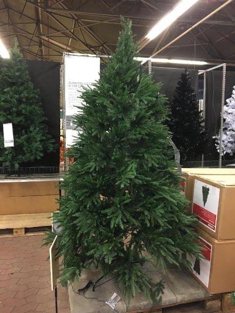 PLAST: Rundt 350.000 norske hjem velger plast til jul.