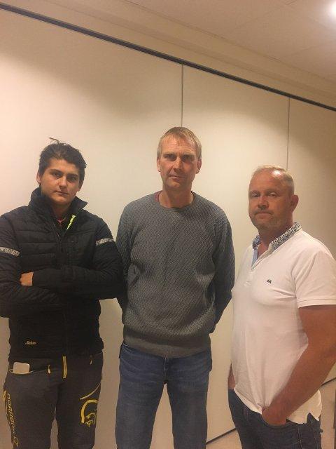 Odin Dybdahl Aarlid (fra v.), Knut Jarle Sørdalen og Grunde W. Knudsen skal nå forhandle videre med Høyre.