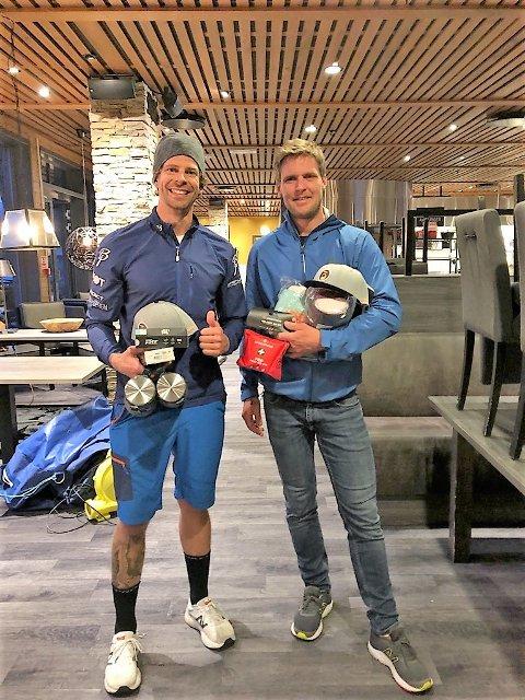 FORNØYD: Odd Steffen Nygaard og lagkameraten Sindre Lindstad er fornøyde med årets plassering.