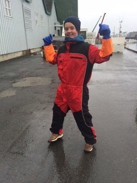 Margretha Flatland (26) frå Rosendal har jobba med locations og tryggleik under produksjonen av NRK-serien «Skårungen».  (Foto: Privat)