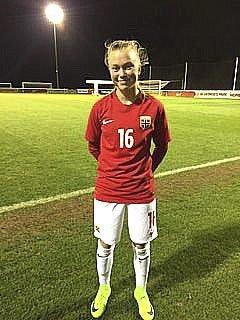 STORSEIER: Emilie Bølviken og landslaget vant lett.