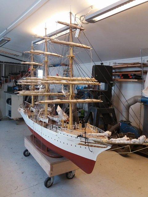 Skipet er en nøyaktig kopi av fullriggeren Sørlandet.
