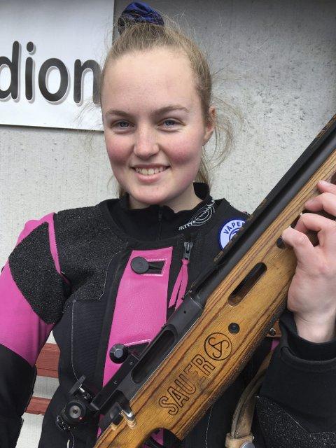 VANT: Nora Midtgard, Jondalen, vant juniorklassen etter solid skyting.