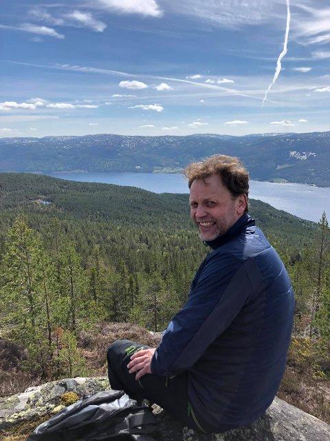 NY BYRÅKRAT: Håkon Holtskog (55) har fått jobb som næringsutvikler i Nore og Uvdal kommune.