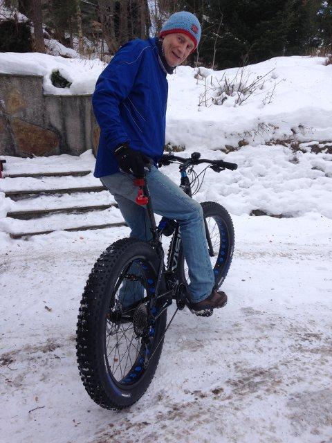 Vintersyklist: Frode Hofset i Skedsmo kommune ønsker flere medsyklister, også vinterstid.