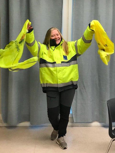 RUSS OG REFLEKS: Johanne Aresdatter Haakestad er russepresident for rødrussen på Vest-Lofoten videregående skole.