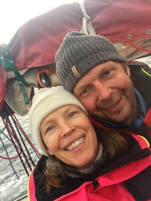 TRIVES: Anniken Enger og Erik Braarud valgte å flytte til Skrova. Det angrer de ikke på den dag i dag.