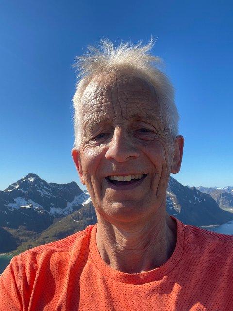 TIL TOPPS: Svein F.Hansen sprang rett til fjells da han fikk vite at bygderådet hadde fått penger til skaterampen.
