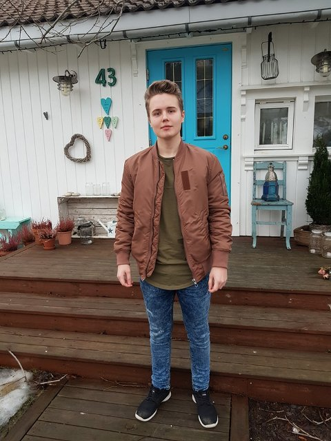 Satser for fult: Oliver Engen er bare 19 år gammel og driver egen bedrift. - Det går veldig bra akkurat nå, men det kan snu når som helst.