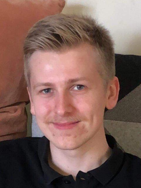 OPPRØRT: Magnus Kjøren Berg er opprørt både over at hensynet til barna er satt til side i Yasmin-saken og firkantetheten i Nav-systemet. Han vil gjøre sitt for å bidra gjennom spleis-aksjonen.